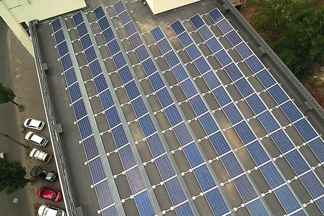 Сонячна електростанція на багатоповерховому будинку під «зелений» тариф